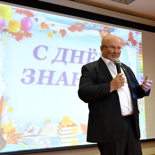 Владимир Семенов, школа